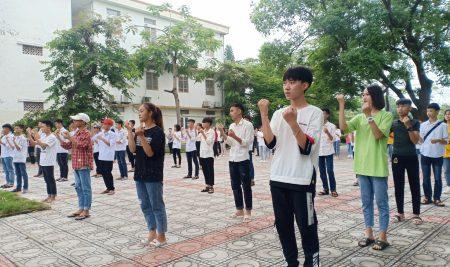 Một số hoạt động trước thềm năm học mới 2019-2020 của trường THPT Thân Nhân Trung